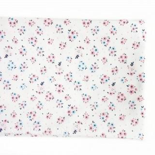 Ткань соцветия мелкие  розовые и голубые на белом 40х55см.