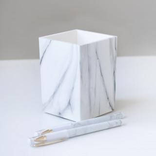 Карандашница Мраморная для ручек  11х8х8см.