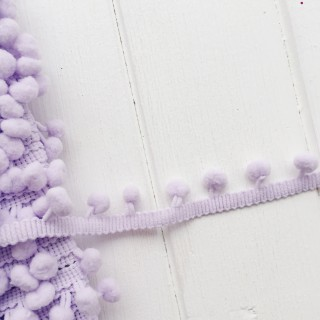 Тесьма с помпонами 10 мм светло фиолетовая 1ярд