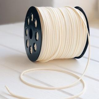 Замшевый шнур 3мм  молочный 1ярд