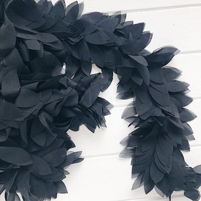 Шифоновые лепестки на ленте черные 45см