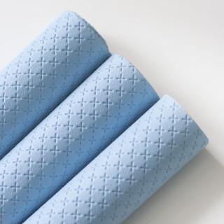 Искусственная кожа с тиснением крестик Цвет-Светло-голубой 35х45см