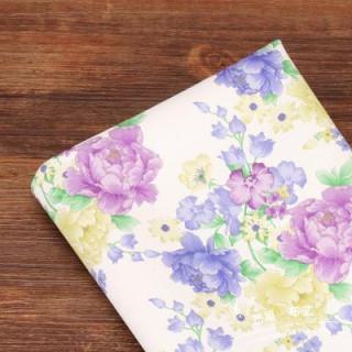 Искусственная кожа фиолетовые и васильковые  цветы на белом  50х34см